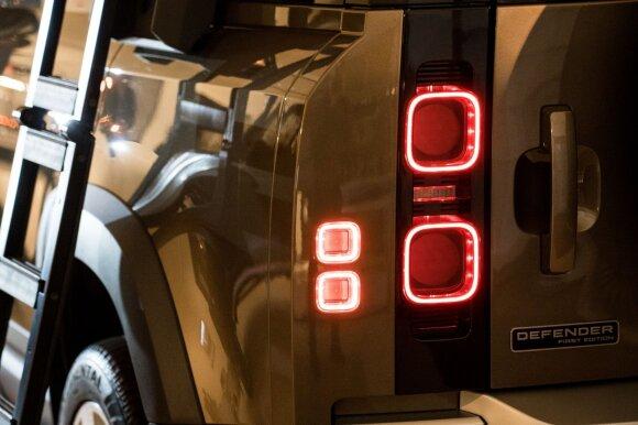Land Rover Defender pristatymas