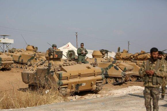 Turkijos pajėgos Sirijos pasienyje