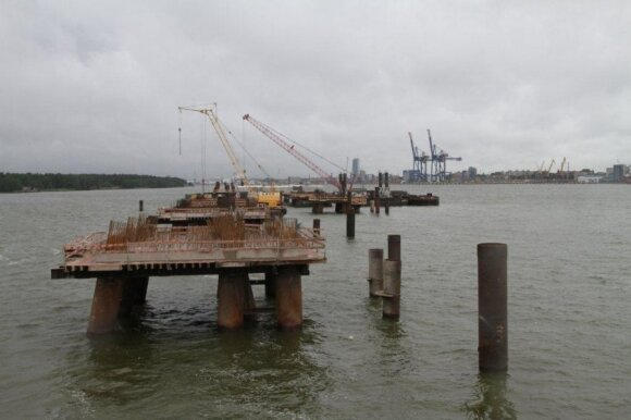 The quay for the LNG terminal