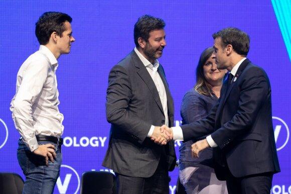 Pierre Dubuc, Openclassrooms; Daniel Dines, UIPATH; Flora Coleman, Transferwise; Emmanuel Macron