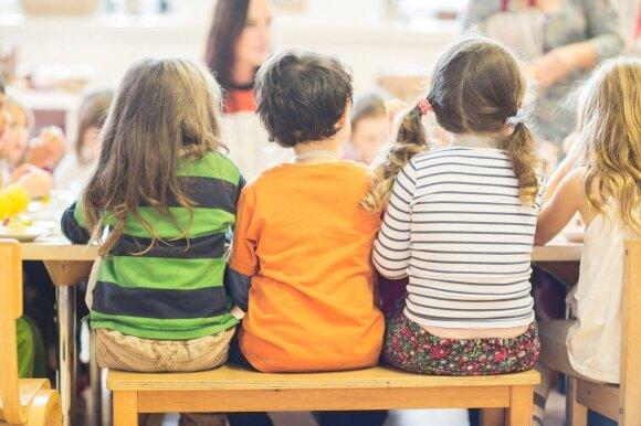 Svarstote ar vaikas jau pasiruošęs į priešmokyklinę grupę: pedagogė pateikė penkis klausimus, kurie padės apsispręsti