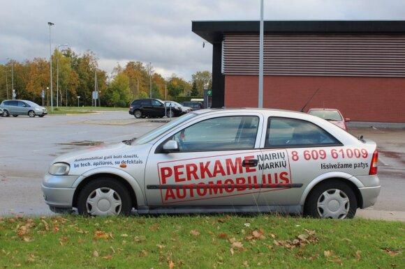 Reklama ant automobilių Klaipėdoje