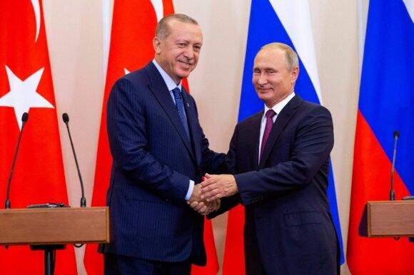 R. T. Erdoganas, V. Putinas