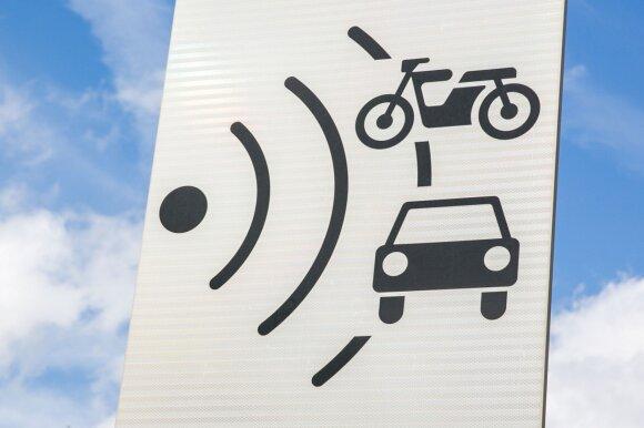 Sektoriniai greičio matuokliai jau veikia, bet vairuotojai dar turi laiko pasiruošti