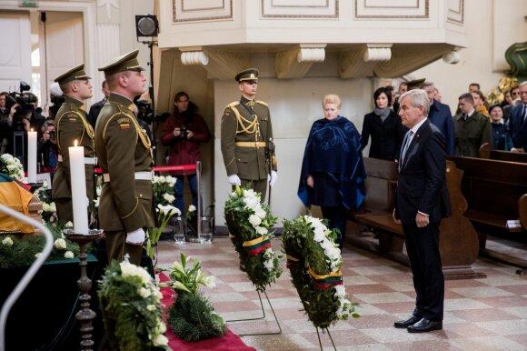 Lietuvos didvyris Adolfas Ramanauskas-Vanagas atgulė amžinojo poilsio