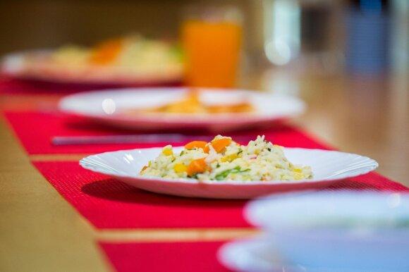 Pasiūlė neeilinę paslaugą – ir maistas šventei, ir geras darbas