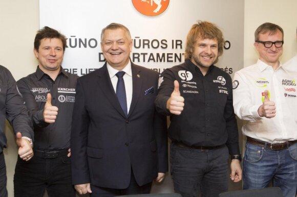 A. Juknevičius, R. Austinskas, B. Vanagas ir S. Jurgelėnas