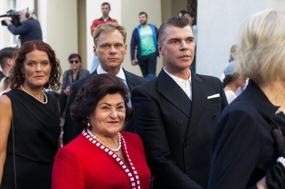 Juozas Statkevičius su mama
