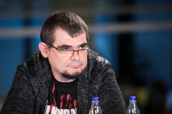 Emilis Vėlyvis
