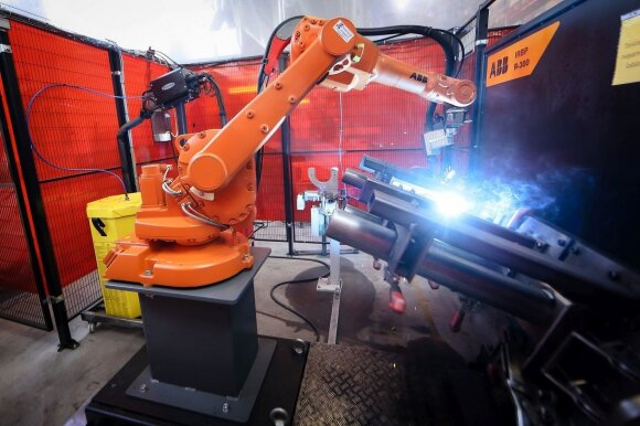 Šiauliuose iškilo robotizuota gamykla
