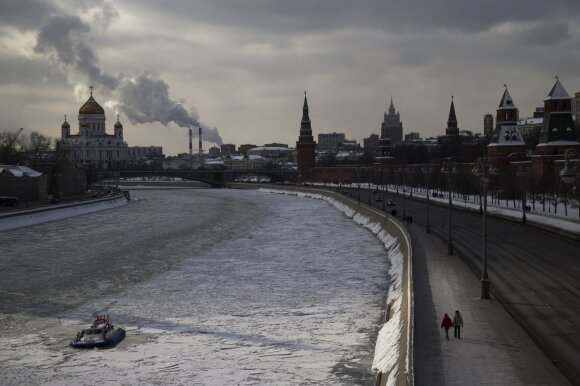 Rezonansinėje byloje Rusija klimpsta vis giliau: bliūkšta oficiali Kremliaus versija