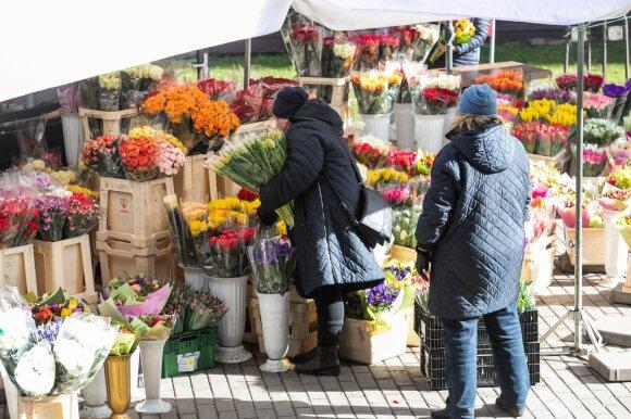 Мачюлис сравнил, как страны борются с коронавирусом: Литва идет кратчайшим путем - все запрещает