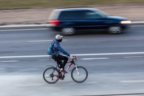 Draudikai susirūpino: dviratininkai ir paspirtukininkai vis dažniau keliones baigia ligoninėje