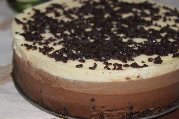 Du gardūs receptai Velykoms - šokoladinis tortas ir varškės pyragas