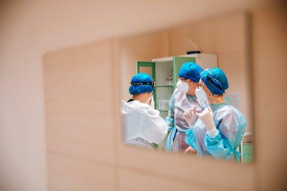 Koronavirusas pražudo ne tik vyresnius: Razmuvienė paaiškino, kodėl