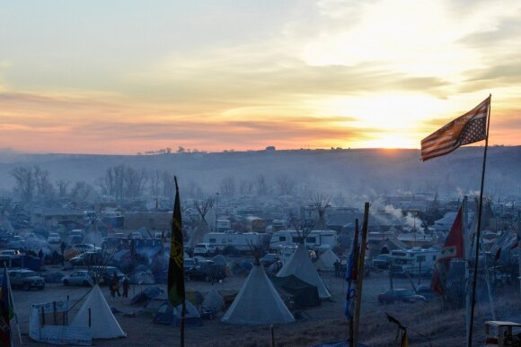 Indėnai kovoja prieš naftotiekį