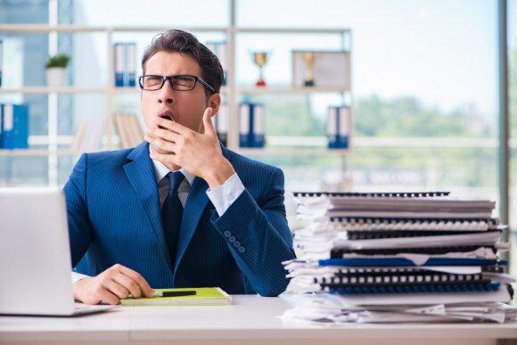Įmonės puola spręsti net darbuotojų miego sutrikimus