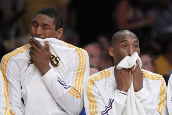 Metta World Peace (buvęs Ronas Artestas) ir Kobe Bryantas