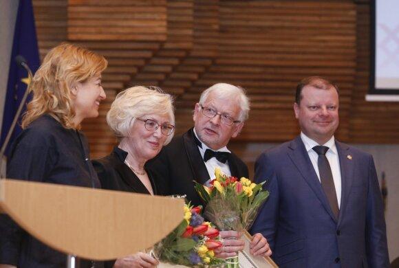 """Vyriausybės kultūros ir meno premija skirta Rimantui Armonui ir Irenai Armonienei, ansamblio """"Armonas-Uss Duo"""" muzikantams"""