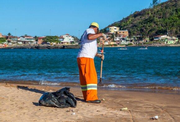 Neįprastas reiškinys – radioaktyvūs paplūdimiai: į perspėjimus nereaguojantys turistai rizikuoja sveikata