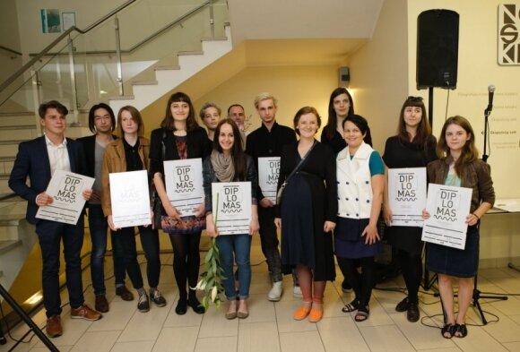 Jaunieji Lietuvos dizaineriai debiutuos Londono dizaino festivalyje