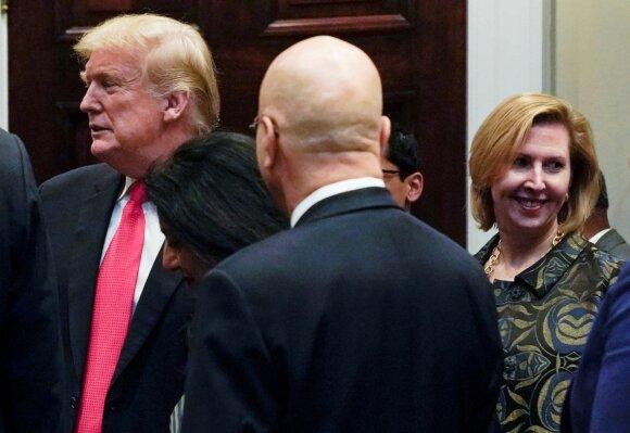 Donaldas Trumpas, Mira Ricardel