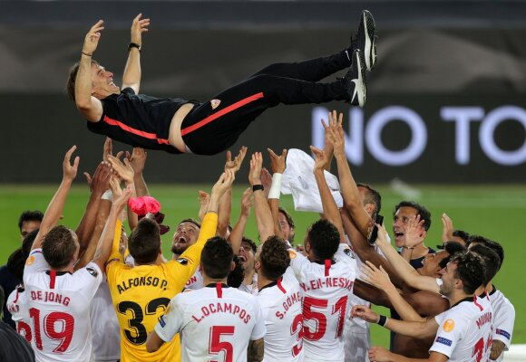 Sevilla triumfas
