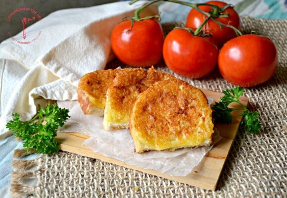 Pasiilgusiems tikros pusryčių klasikos: kepti sūrio sumuštiniai