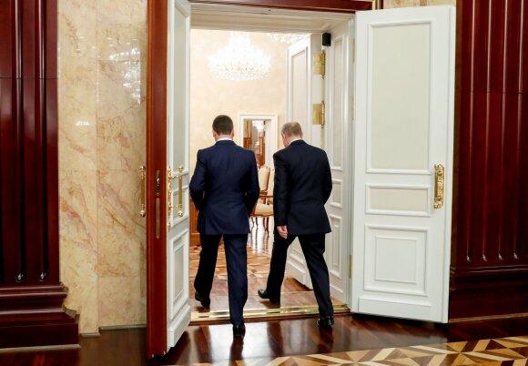 Vladimiras Putinas, Dmitrijus Medvedevas