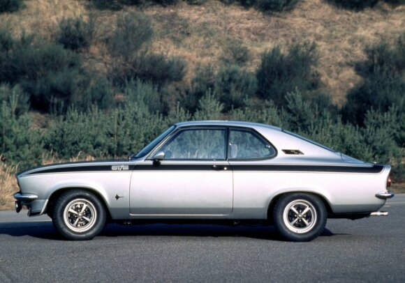 Opel Manta GT/E (1974 m.)