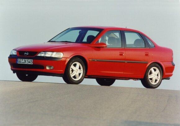 Opel Vectra (1995 m.)