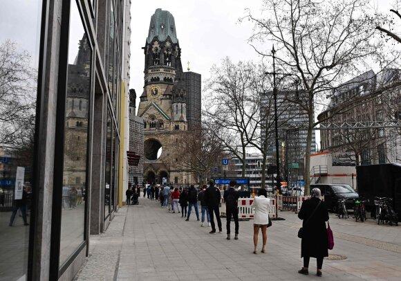Vokiečių virusologė dalijasi pesimistine prognoze: nuolatinis karantinas – iki metų pabaigos