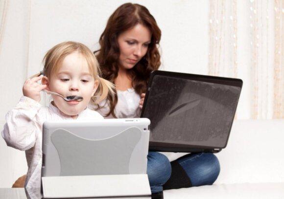 Mamų forumai internete: daugiau pliusų ar minusų