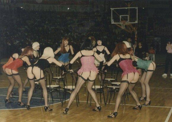 Šokėjos 1993 metų Graikijos čempionato finale