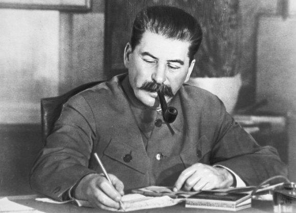 Nuslėpti pasikėsinimai į sovietų generalinius sekretorius: kaip išaiškinti sąmokslai ir kodėl visi mėginimai buvo nesėkmingi