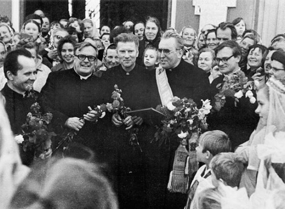 Prominent Catholic clergyman Alfosnas Svarinskas passes away