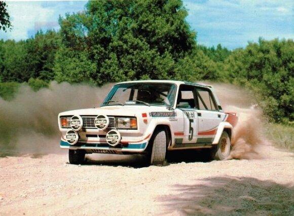 Stasys Brundza. Penki dešimtmečiai automobilių sporte