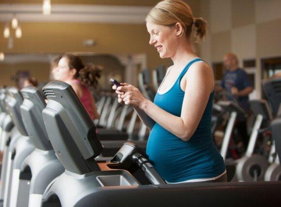 Pasakė, kuriuo paros metu saugiausia sportuoti nėščiosioms