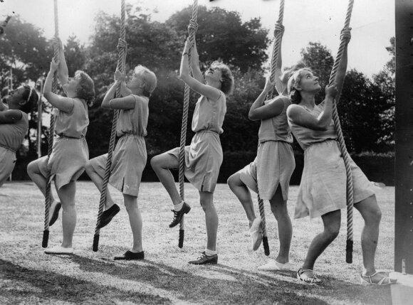 Merginos, 1934