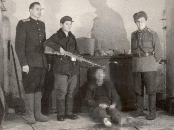 Žiaurios nuotraukos paslaptis: budelio Dušanskio atvaizdas ir baisi brolio išdavystė