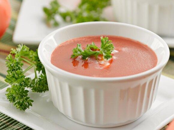 Atgaivinanti pomidorų sriuba