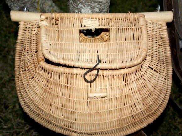 Pintas krepšys skirtas laimikiui laikyti
