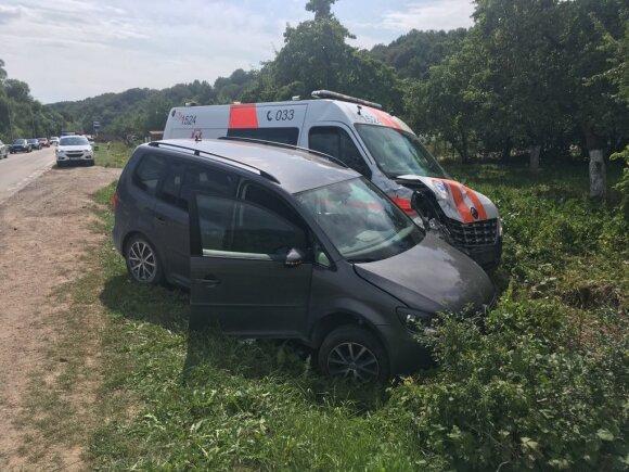 Tragedijos Kaune aplinkybės: sužaloti medikai, skubėję į pagalbą mirštančiam motociklininkui