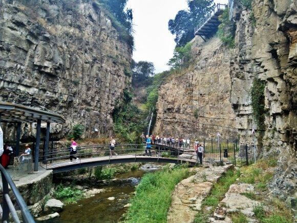 Nepaprastas ir neįprastas akiai Tbilisio kraštovaizdis