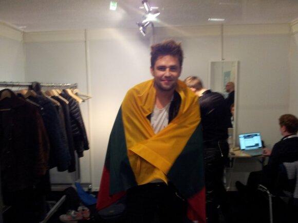 """Į """"Eurovizijos"""" finalą patekęs A. Pojavis juo netikėjusiems lietuviams: aš vis tiek visus jus labai myliu"""