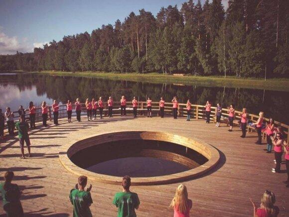 Bus apdovanojami pasaulio lietuviai