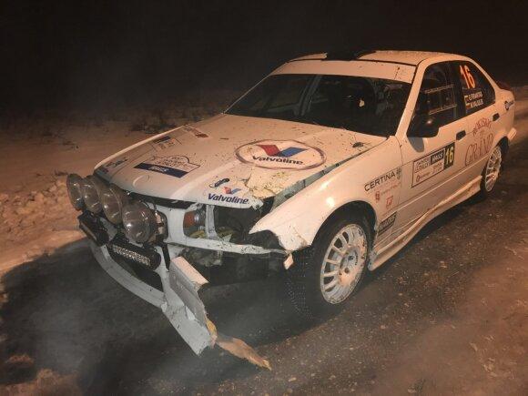 Sudaužytas Giedriaus Firanto ir Mato Valiulio BMW
