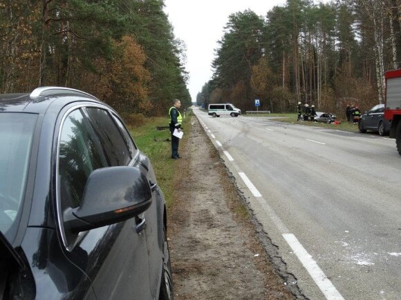 Mergaitę pražudžiusi avarija Varėnos rajone: duomenys keičiasi, išvados - ne
