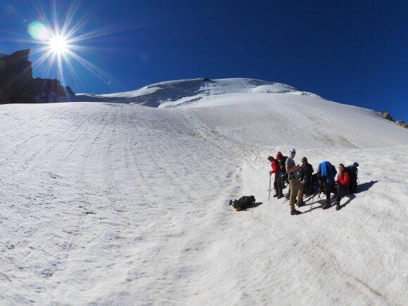 Alpinizmo patirties neturėjusi lietuvių komanda išgarsino Lietuvos vardą