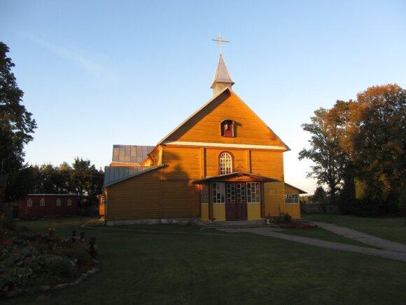 Dieveniškių Švč. Mergelės Marijos Rožančinės bažnyčia